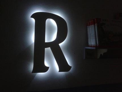 luminária-letra